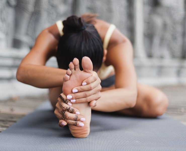 These Simple Yoga Exercises Can Help Heal Plantar Fasciitis