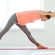 12 Benefits of Prenatal Yoga For Expecting Moms