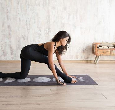 Why Do We Always Start Yoga Poses on the Right Side?