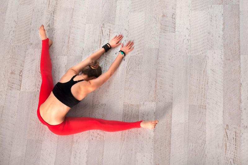 How to Start a Yoga Practice: 10 Steps For A Beginner Yogi