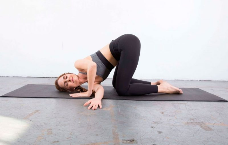 Parsva Balasana — Thread the Needle Pose