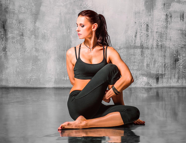Yoga Poses to Banish Neck & Shoulder Pain - yoga practice