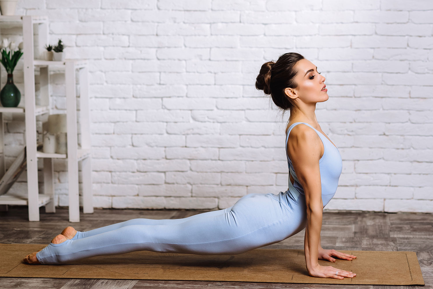 15 Yoga Poses to Relieve Tight Shoulder & Neck Muscles