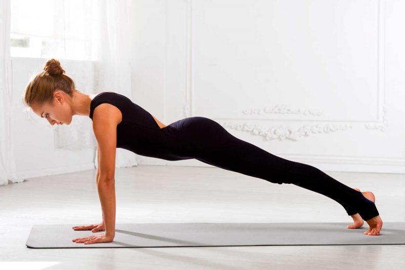 6 Anatomical Benefits Of Plank Pose Yoga Practice