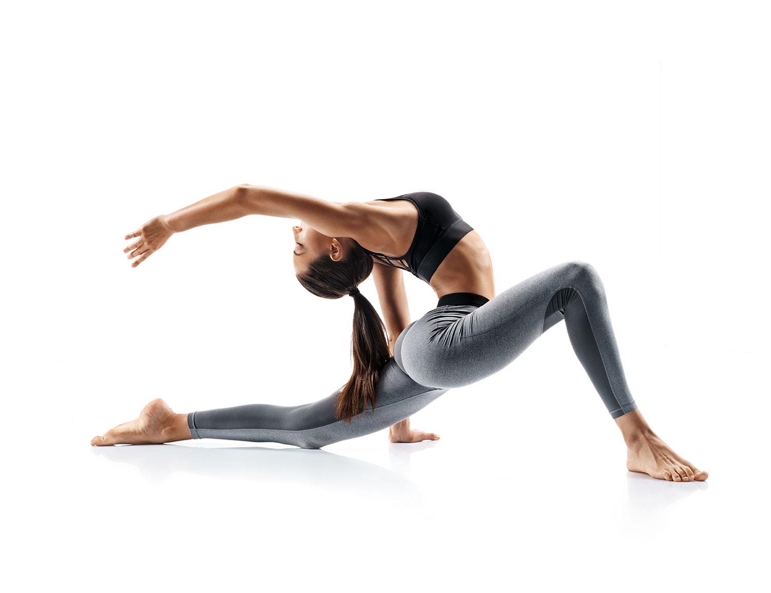 8 Ways to Keep the Back Safe in Yoga