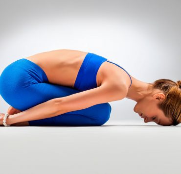 20 Minute Yoga Flow to Calm Your Stress and Anxiety