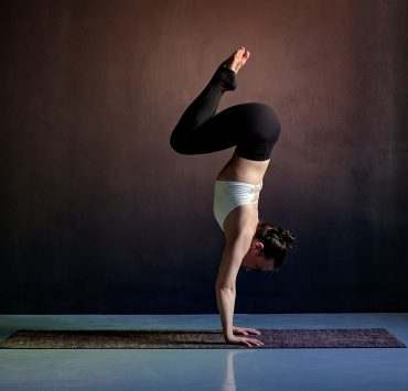 10 Things You Need To Know About Vinyasa Flow