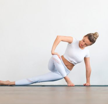 20 Minute Yoga Sequence to Energize + Revitalize