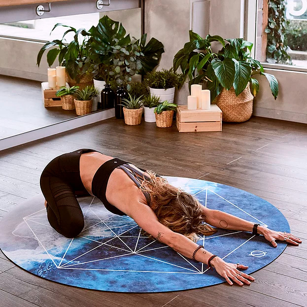 Form Round Yoga Mats