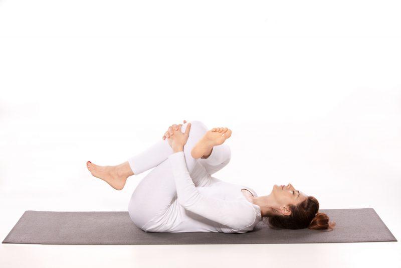Supta Eka Pada Utkatasana — Reclined Figure Four Pose