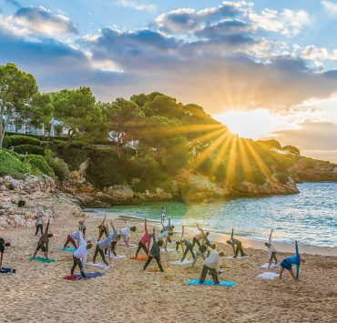 10 Best Yoga Teacher Trainings in Goa 2020