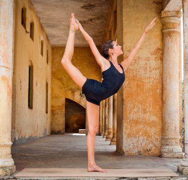 10 best yoga teacher trainings in rishikesh 2020  yoga