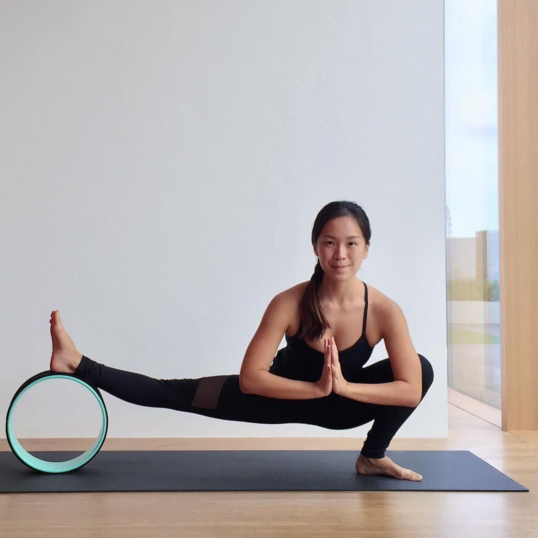 Skandasana - Half Squat Pose