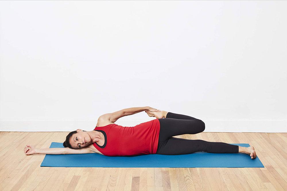 Utthan Pristhasana - Side Lying Quadriceps Stretch