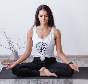 What is Dharana The 6th Limb of Yoga and Second Step Toward Meditation Explained