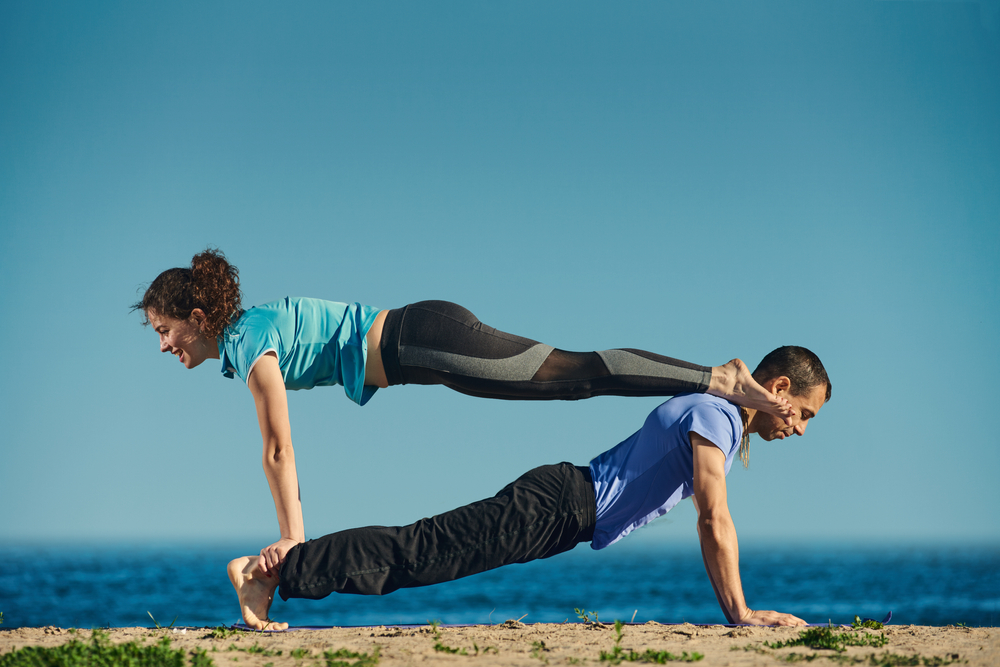 Vimana Dviguna Phalakasana - Double Plank Pose