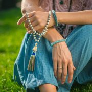 How to Use Mala Beads A Step-by-Step Guide to Mala Meditation