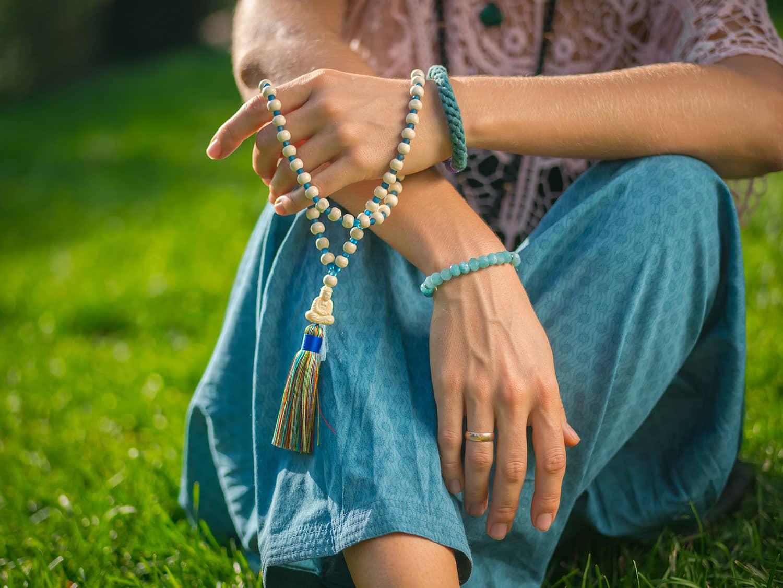 How to Use Mala Beads A Step-by-Step Guide to Mala Meditation