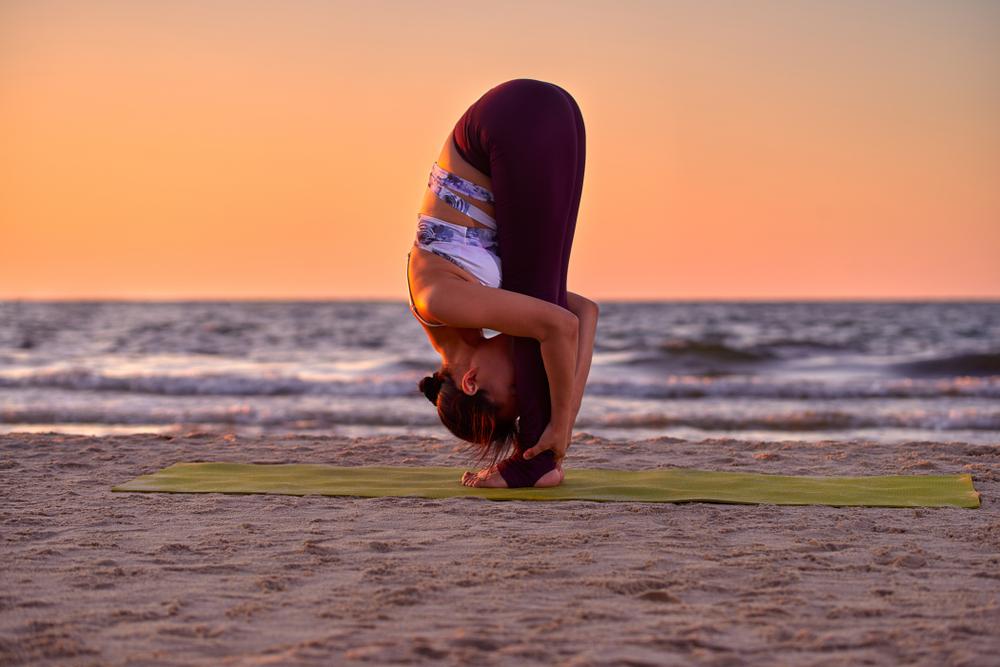 Stretching in Uttanasana