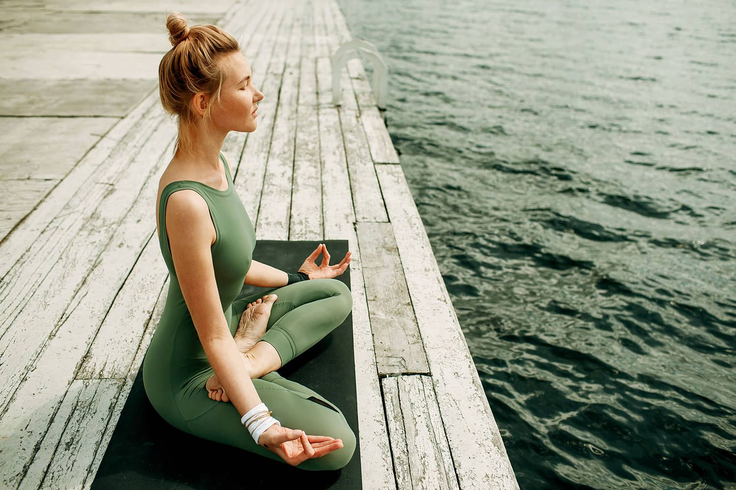 The 5 Best Meditation Poses for Your Practice